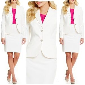 Calvin Klein Women's Two-Button Suit Jacket -Cream